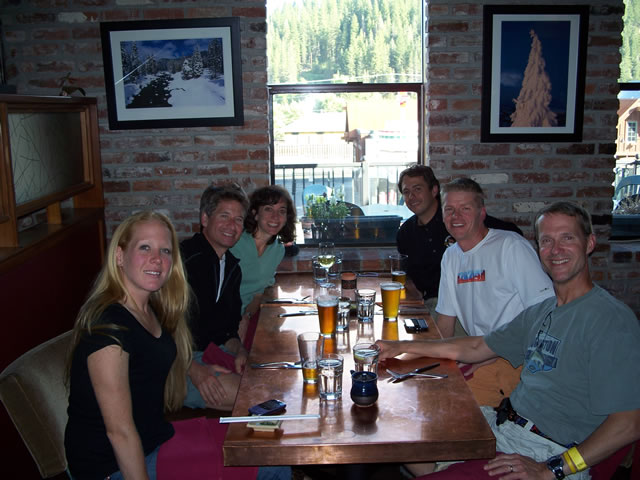 Friday June 25th : Pre-race dinner at Dragon Fly - Truckee
