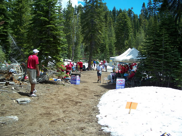 Saturday June 26th : Action at Robinson Flat - 29.7 Mile Aid Station