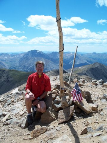 Monday August 17, 2009 : Posing with the summit markers