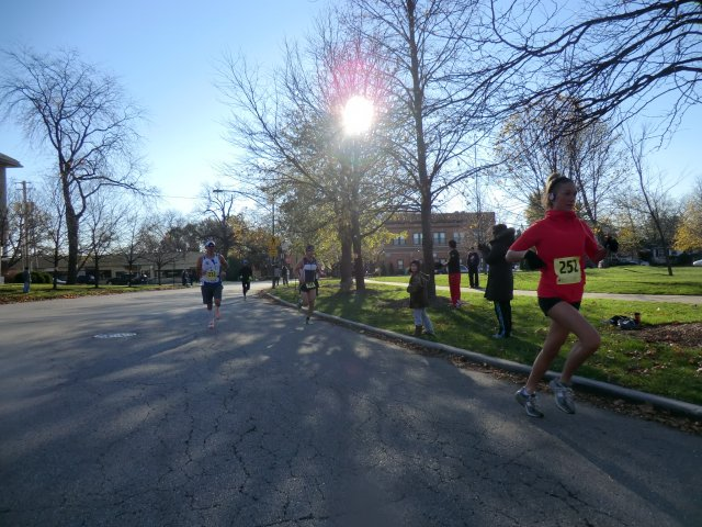 Race Action of the 5-Km Main Event : Saturday October 27, 2012