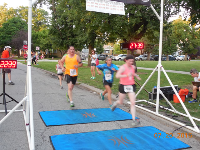 Race action from the roads of Norwood Park
