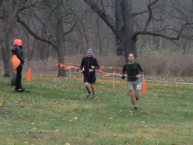 Bruce Spottiswoode leads Jeff Clinton into the finish area of Palos Park Woods-North
