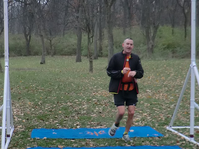 Jeff Clinton brings it home for a 2nd place age group finish in the Paleo-Carb 50-Km!