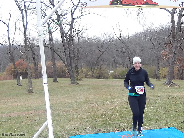 25-Km Runner, Kylene Young Chases her Ultra-friend Tammy to the Finish : Saturday November 15, 2014